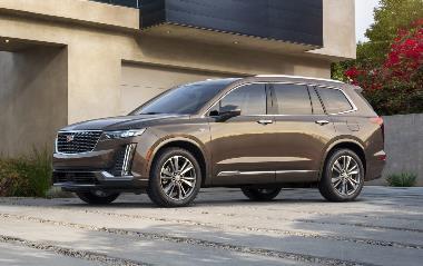 2020-Cadillac-XT6-Luxury_Front_Left